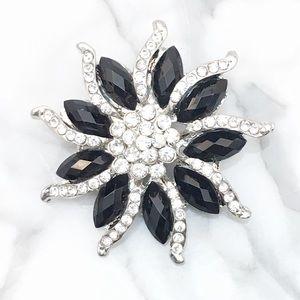 Jewelry - Black Crystal Brooch